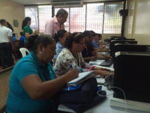 Facilitando el taller Herramientas tecnológicas gratuitas para docentes en el Congreso Nacional de Tecnología Educativa
